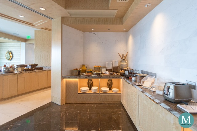 Breakfast at the Horizon Club Lounge of Shangri-La at the Fort, Manila