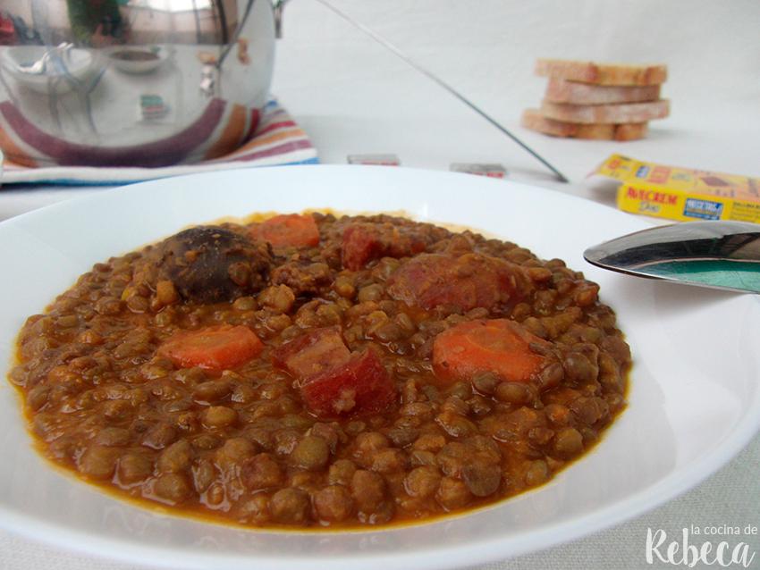 calorias de un plato de lentejas con arroz y chorizo