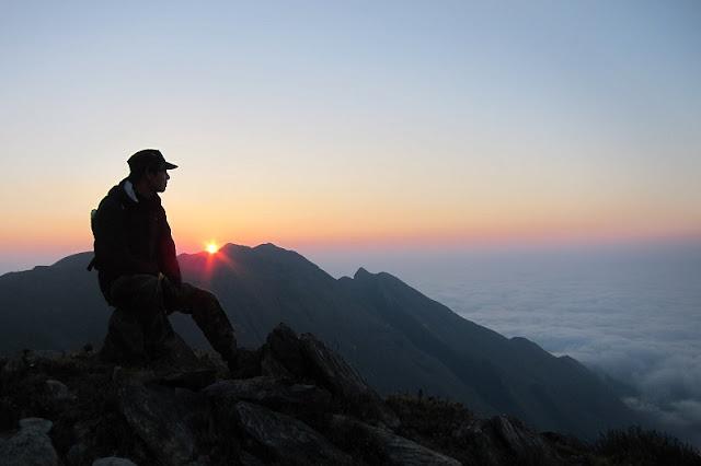 Conquer 3,000m Bach Moc Luong Tu Mount 3