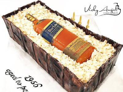 Regalos para el día del padre torta con whisky