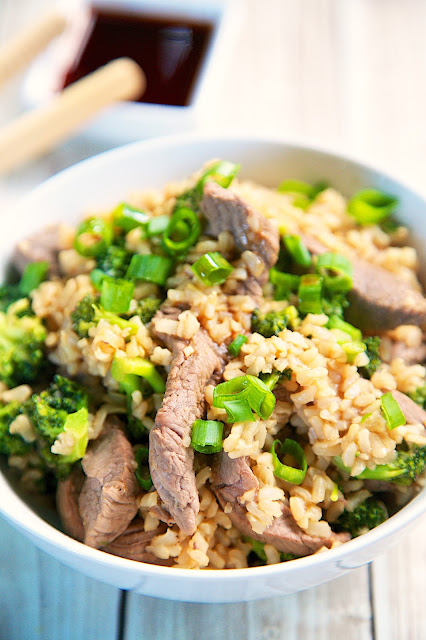 Broccoli Beef and Brown Rice - super quick weeknight meal that is ready in 15 minutes!! Everyone gobbled this up!