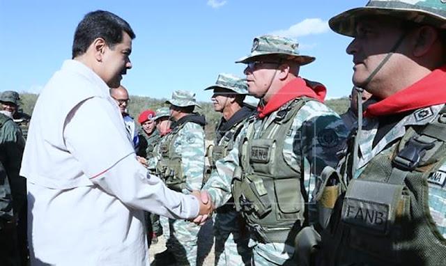 """Nicolás Maduro inicia ejercicios militares con el grito """"fuera Trump de Venezuela"""""""