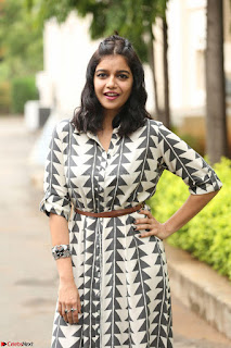 Swathi Reddy Looks super cute at London Babulu theatrical trailer launch ~  Exclusive 046.JPG