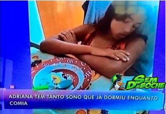 ELA É FEITA DE SONO