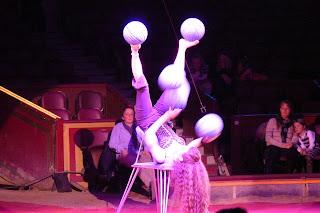 Circus Krone, Malabaristas.