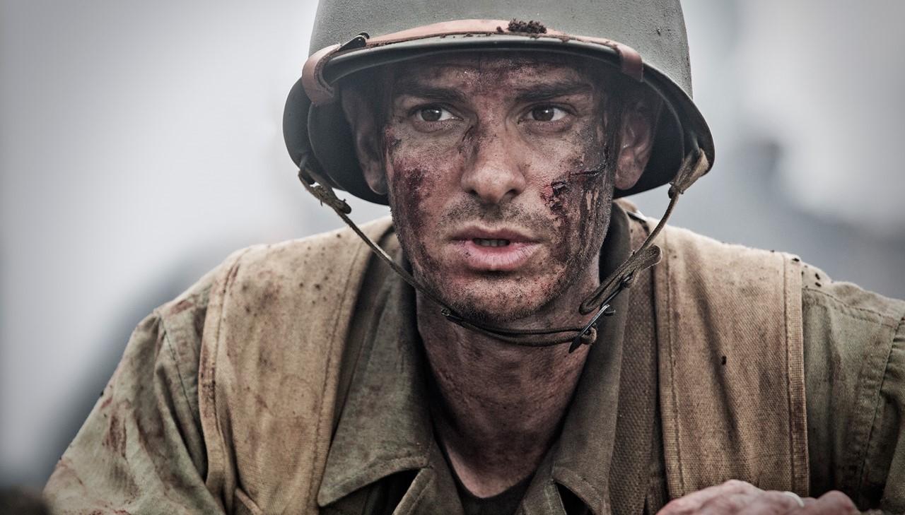 "Andrew Garfield se prepara para a guerra no trailer de ""Hacksaw Ridge"", de Mel Gibson"