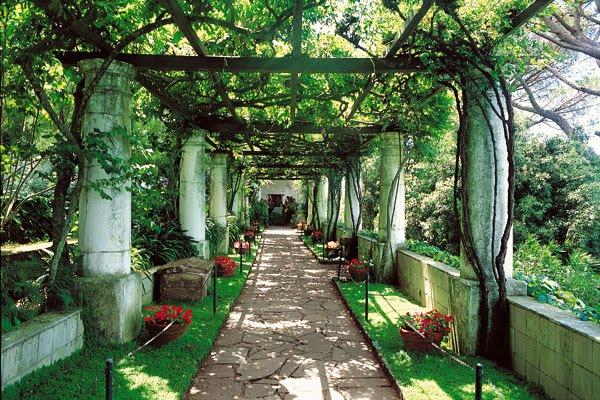 Fogli d 39 arte issn 1974 4455 a spasso tra i dieci parchi for Creazioni giardini