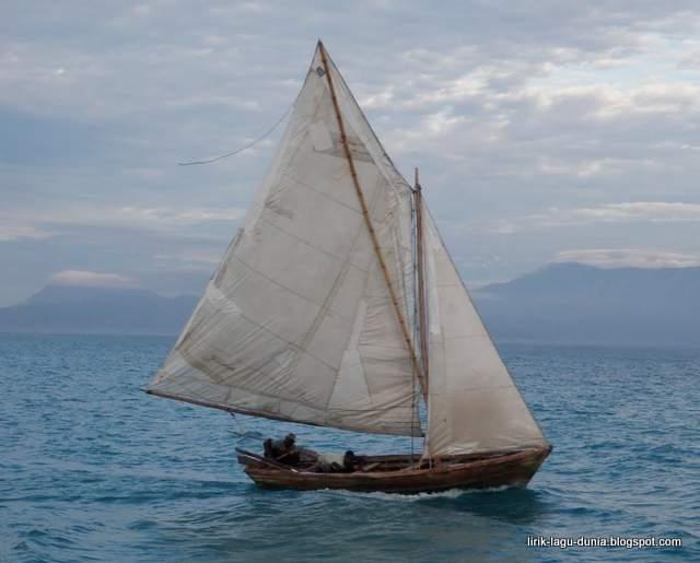Lirik Lagu Perahu Layar - Lagu Jawa Populer