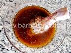 Pulpe de pui la cuptor cu cartofi preparare reteta - introducem ciocanelele in marinada