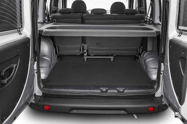 Fiat Doblò 2017 - porta-malas