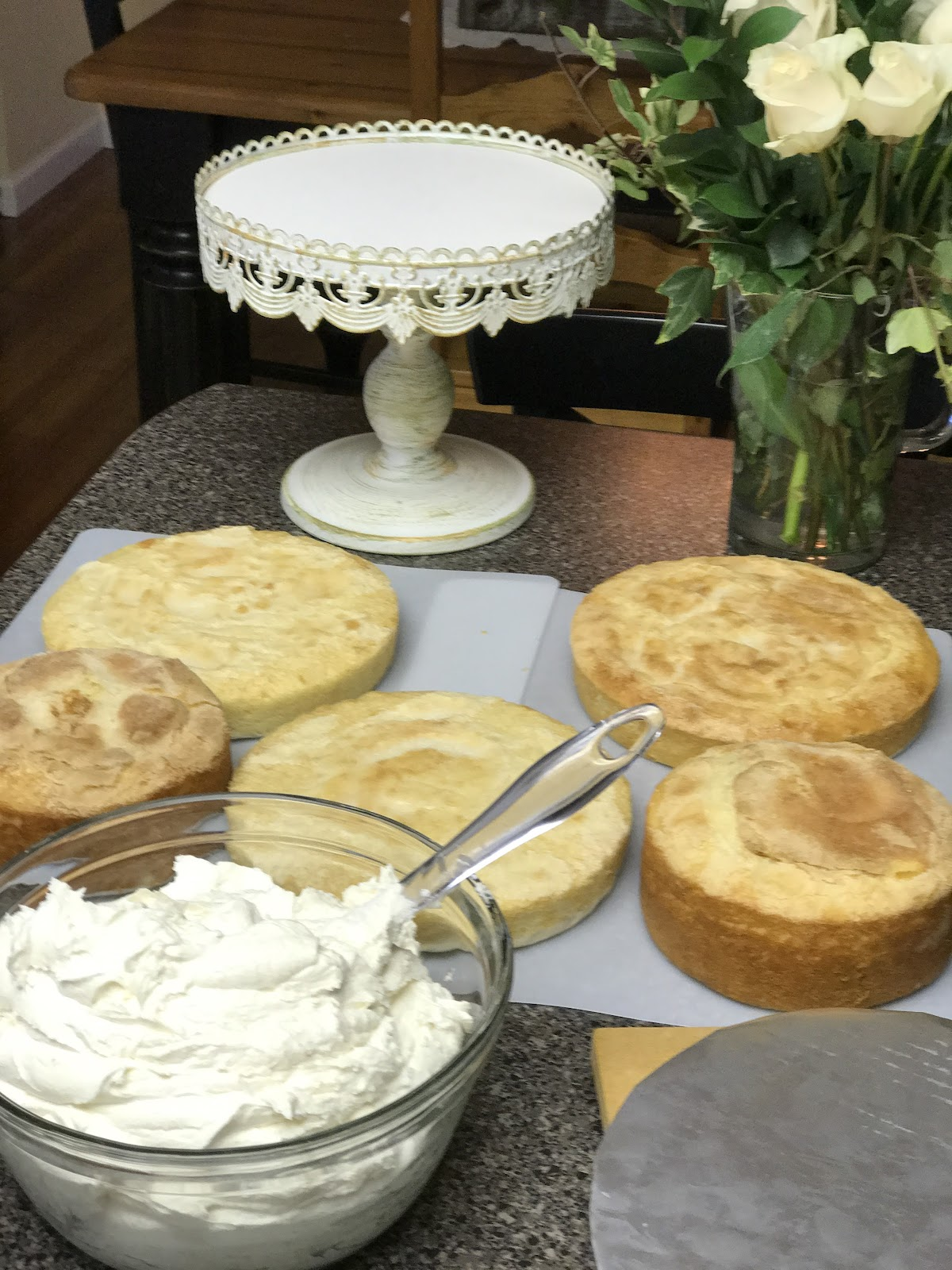 Mennonite Girls Can Cook: Gold Leaf Wedding Cake