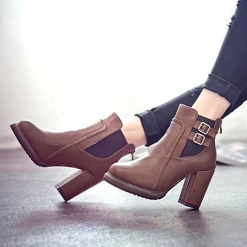 model-boots-sepatu-hak-tinggi