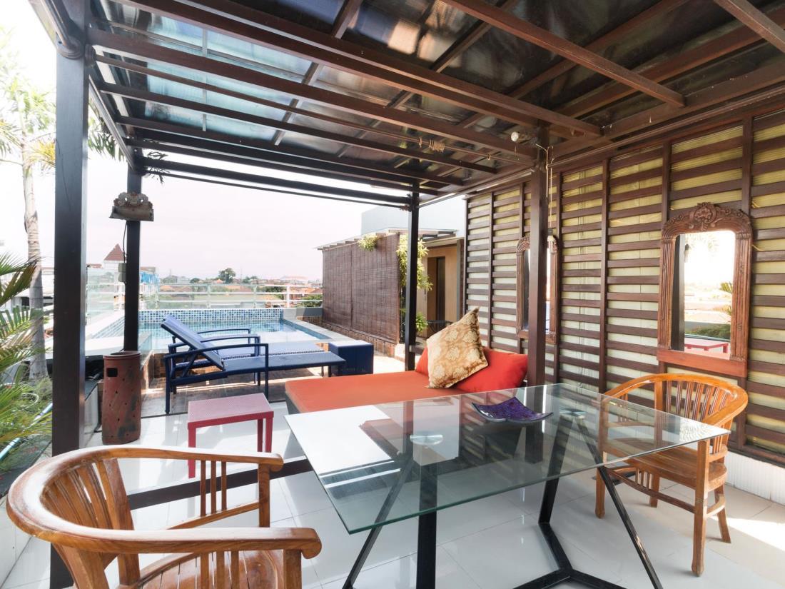 A Residence Kuta Bali 28