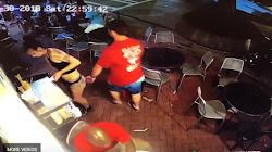 Người đàn ông bị cảnh sát bắt giữ vì cáo buộc quấy rối phụ nữ