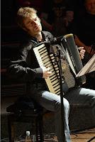 Portrait Florian Stadler, Dozent des Musikworkshops in den Sommerferien
