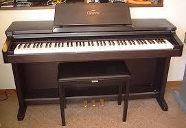 Đàn Piano Điện Yamaha CLP-133