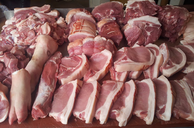 Many religions in the world are banned from eating pork. Only a few are really aware that too much pork can harm your health.