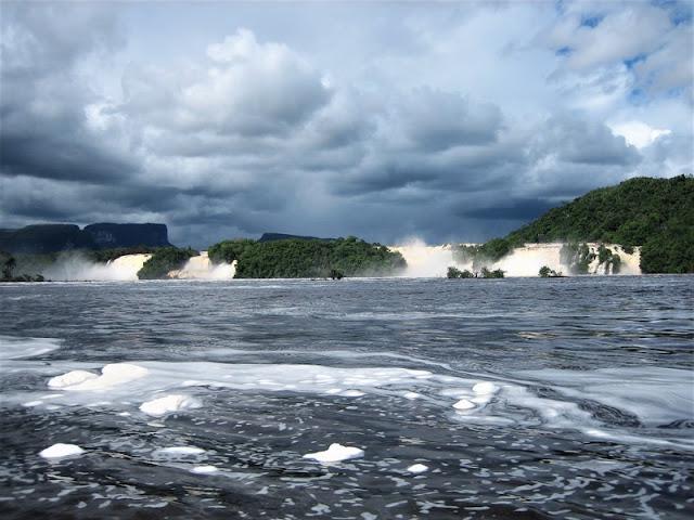 Canaima, saltos de agua