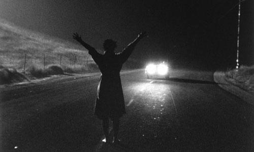 Kiss Me Deadly 1955 movieloversreviews.com