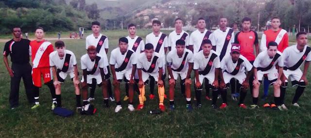 Sobre o comando do mestre Paçoca, seleção sub 20 de Buíque, vence seleção da cidade  Primavera