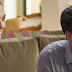 "Gal Gadot e Jon Hamm no novo cartaz da comédia ""Keeping Up with the Joneses"""