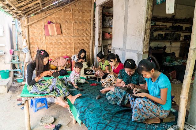 Artisans de la laque - Myinkaba - Myanmar - Birmanie