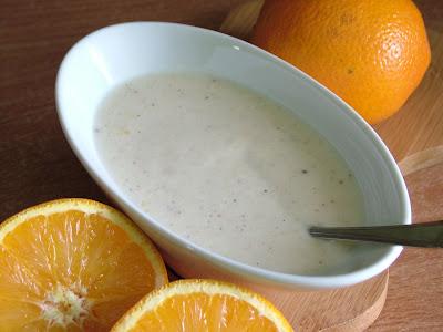 Dressing jogurtowy z pomarańczą