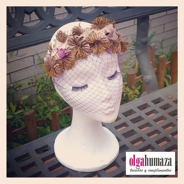 http://olgahumaza.blogspot.com.es/2014/03/b13-tocado-corona-parcial-de-flores-en.html