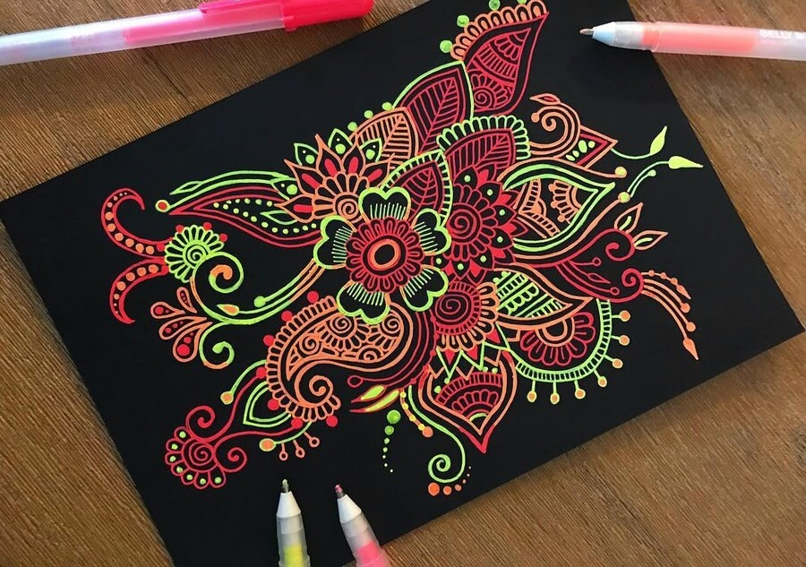 07-Mandala-and-Zentangle-Drawings-Simran-Savadia-www-designstack-co