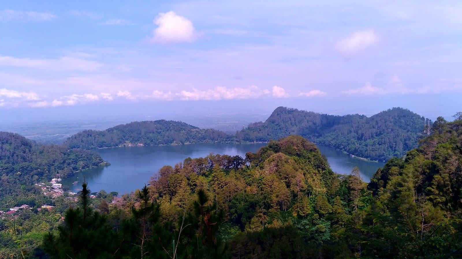 +15 Tempat Wisata Alam Paling Indah Di Jawa Timur