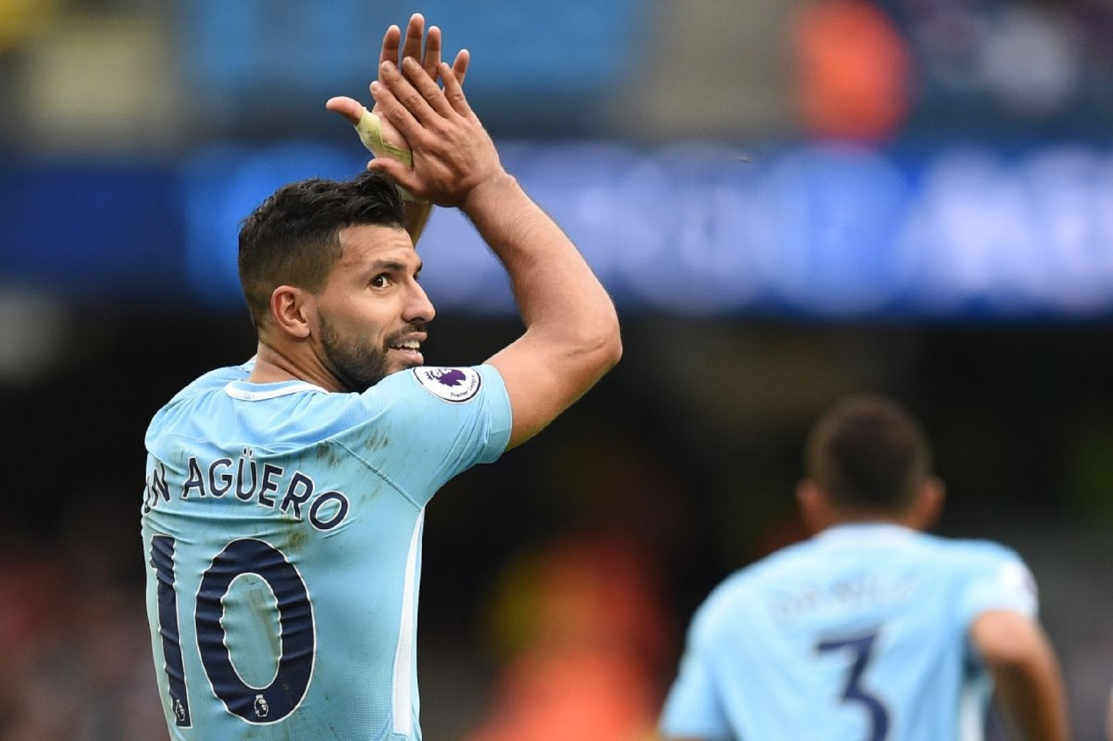 FOOTBALL SERGIO AGUERO IN SCARY CAR CRASH SAVED BY SEAT BELT IN