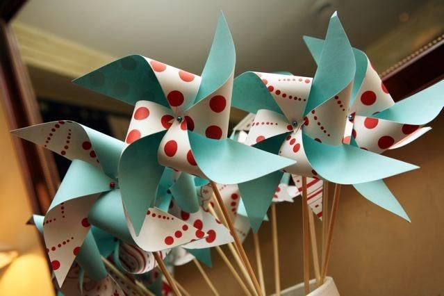 Juneberry Lane: Tutorial Tuesday: DIY Paper Pinwheels