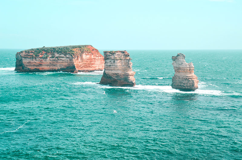 bay of islands great ocean road rock formations victoria australia
