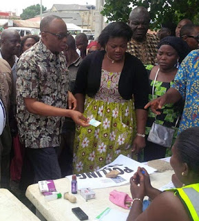 BREAKING: INEC Card Reader REJECTS Gov. Mimiko @ #OndoDecides2016: