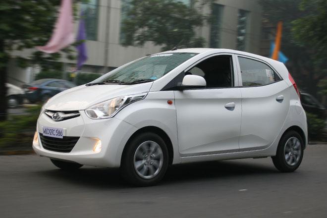 Hyundai Eon 1600x900 Images