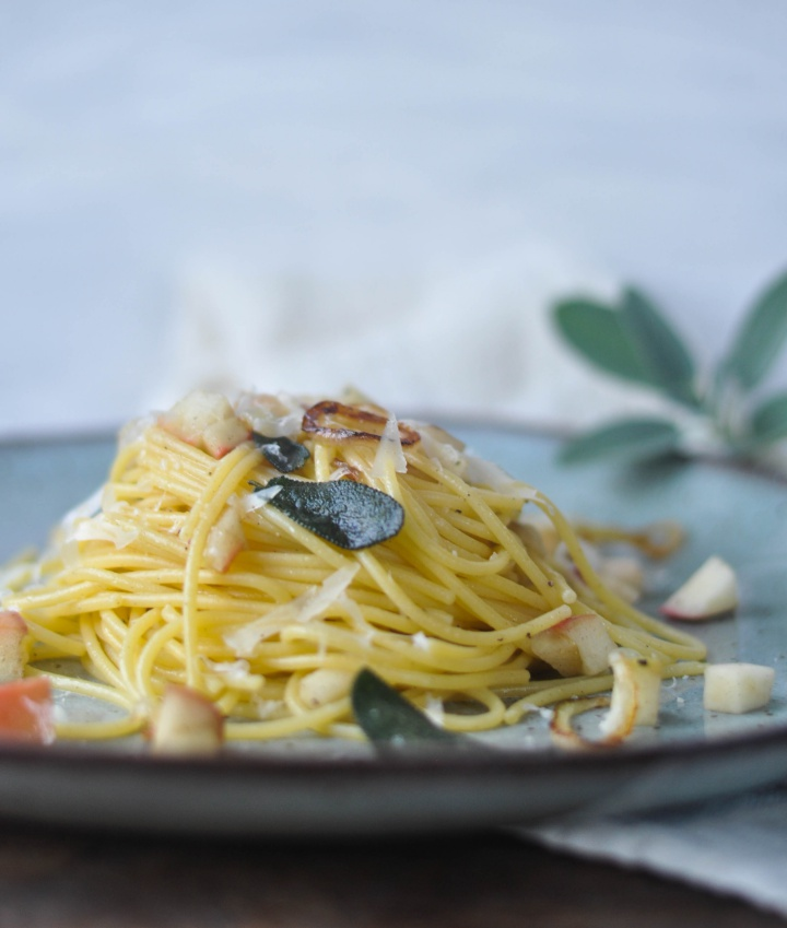 #glutenfree #pasta with crispy #sage and #apples - easy to cook and oh-so good