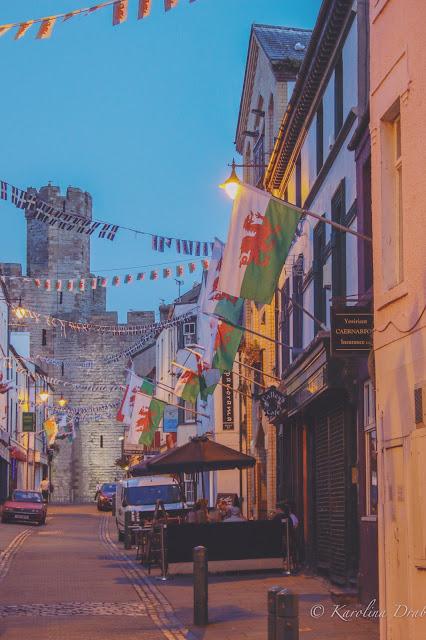 Caernarfon at night.