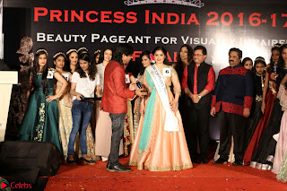 John Aham, Bhagyashree, Subhash Ghai and Amyra Dastur Attends Princess India 2016 17 Part2 019.JPG