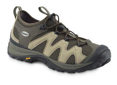 Туристическая обувь: туристические кроссовки