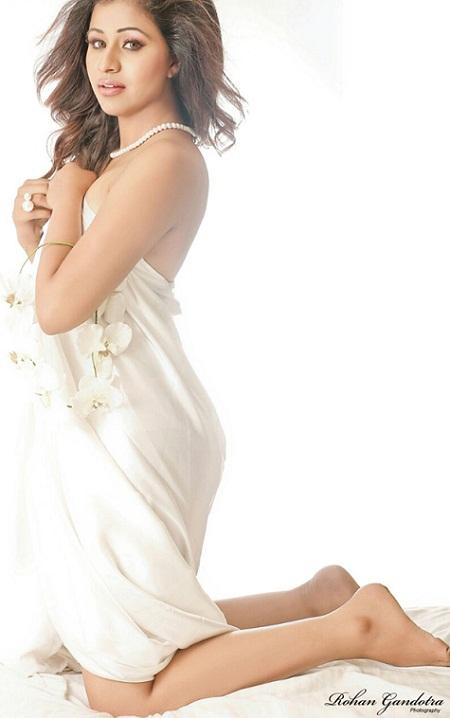 Actress Manali Rathod Profile and Photos