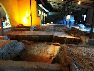 Escavações Arqueológicas no Museo Área Fundacional, Cidade de Mendoza