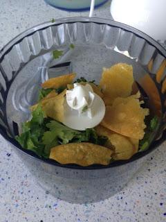 Triturar verduras y tortillas