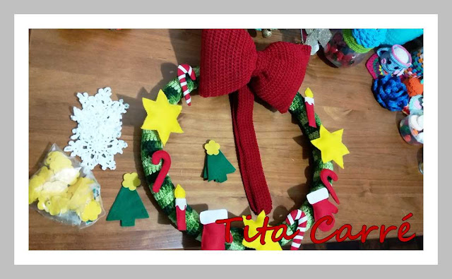 Guirlanda de Natal em crochet e feltro