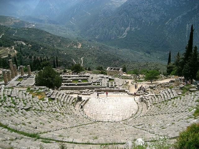 أجمل المسارح الرومانية اليونانية القديمة 503163780_e82957b6f7_z.jpg