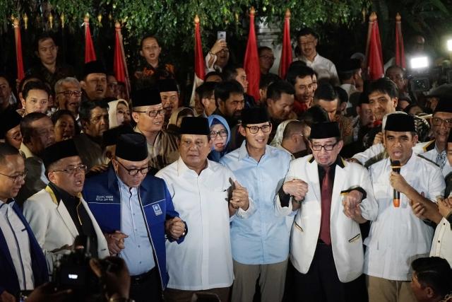 Untung Rugi Prabowo Gandeng Sandi Jadi Cawapres