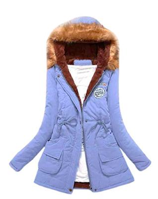 abrigo con capucha,