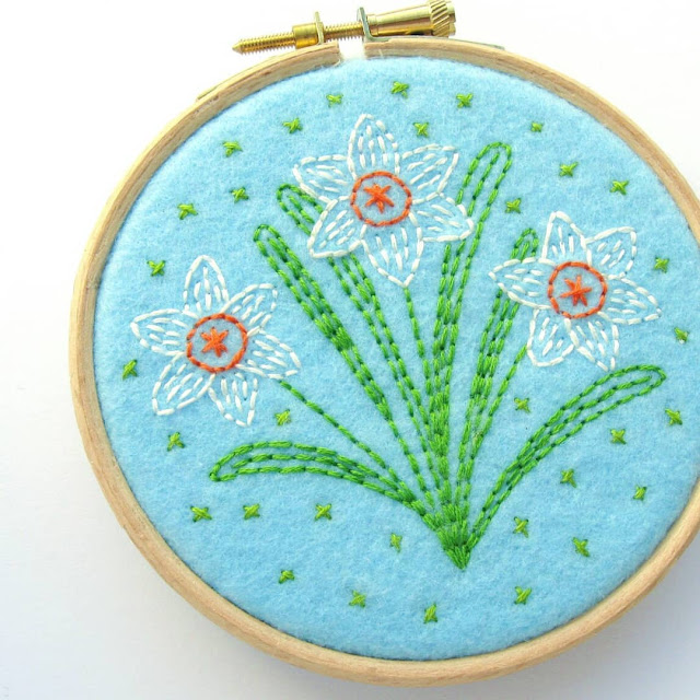 Subscribe to my newsletter to receive this free spring flower embroidery pattern