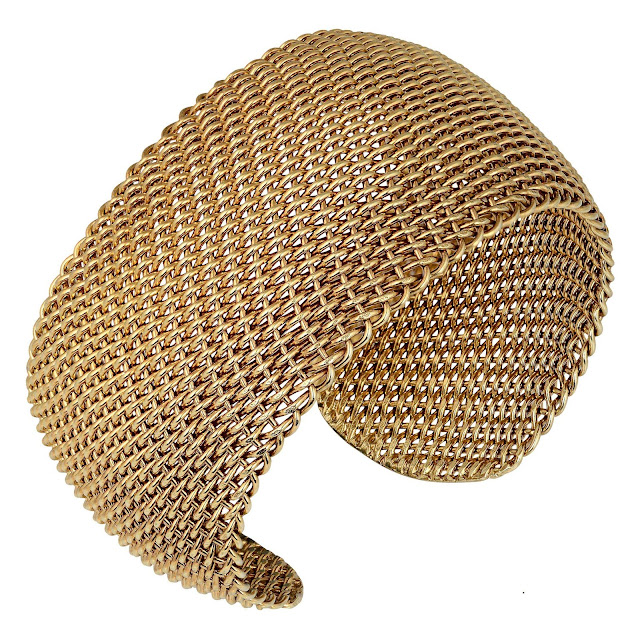 CHAIN LINK BANGLE by Studio Tara available at Velvetcase.com Rs 35,419