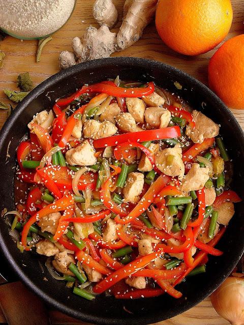 Kurczak w sosie sojowo-pomarańczowym / Orange Chicken Stir Fry