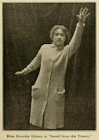 Actriz Dorothy Gibson en la película Saved from the Titanic